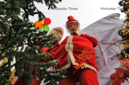 Christmas Festival In India.Preparations Of Christmas Festival In India Htsi14506486855618