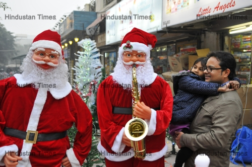 Christmas Festival In India.Preparations Of Christmas Festival In India Htsi145090804003610