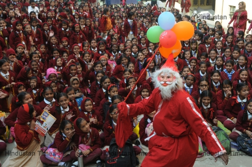 Christmas Festival In India.Preparations Of Christmas Festival In India Htsi145090804662812