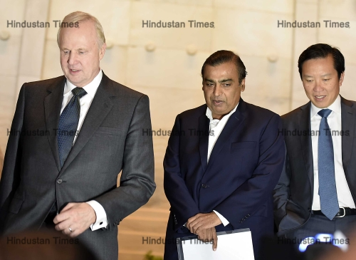 RIL Chairman Mukesh Amani And BP CEO Bob Dudley Announce $6 Billion Investment