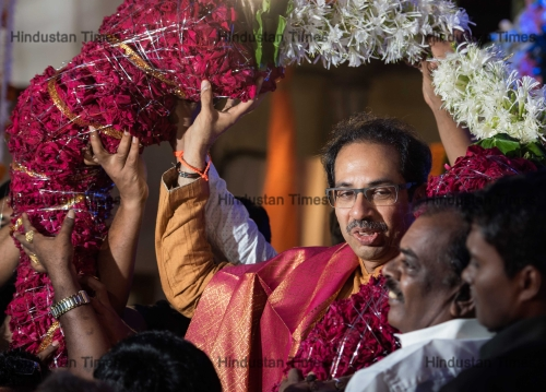 Shiv Sena Chief Uddhav Thackeray Celebrate His 57th Birthday With Party Workers