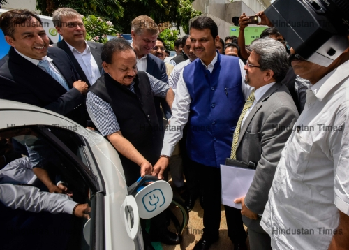 Maharashtra CM Devendra Fadnavis Flags Off 20 Electric Vehicles And Inaugurates An E-Charging Station At The Mantralaya