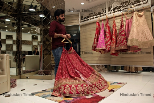 Bridal Sarees And Lehenga Shops At Chandni Chowk