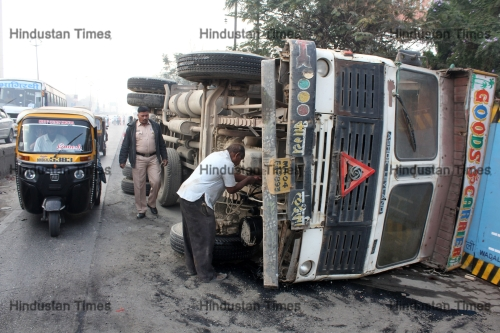 Truck Carrying Cement Overturned In Mumbai