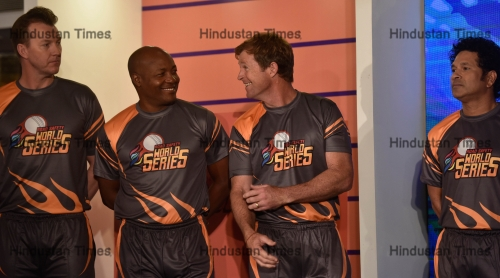 Legendary Cricketers Promote Road Safety World Series