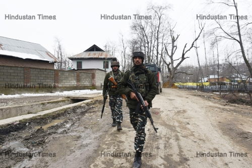 Two Militants Killed, Two Army Men Injured In Pulwama Encounter