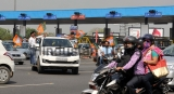 BJP Workers Block DND Flyway, Demand Scrapping Of Toll Plaza