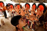 An Indian Artist Makes Idols Of God In Noida