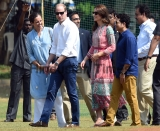 Prince William And Wife Kate Middleton Visit India