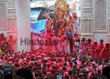 Hindu Devotees Immerse Idols Of Lord Ganesha On Ananth Chaturdashi