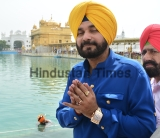 Punjab Minister Navjot Singh Sidhu Paying Obeisance At Golden Temple
