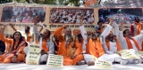 Hindu Front Protest Against Muslims Offering Namaz In Open Places