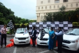 CEO Mahindra Electric Mahesh Babu Flags Off 50 Mahindra e2oPlus Cars In Pune