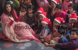 Bollywood Actor Aishwarya Rai Bachchan Celebrate Christmas With Young Cancer Patients