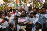 Youth Congress Members Protest Against The Government's Decision Over Withdrawal Of SPG Cover Of Gandhi Family