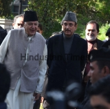 Congress Leader Ghulam Nabi Azad Meets J&K National Conference MP  Farooq Abdullah, Demands Release Of All Detained Political Leaders