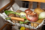 Kitchen,Serving,Trolley,With,Vegetables